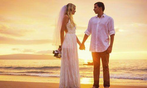 800x600-weddings-couple-on-beach-sunset-couple